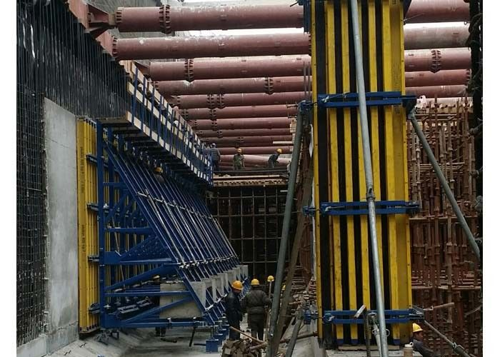 Adjustable Square Column Formwork , H20 Beam Column Forms For Concrete